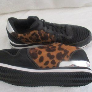 Charlotte Russe Leopard Print Fashion Sneakers 9